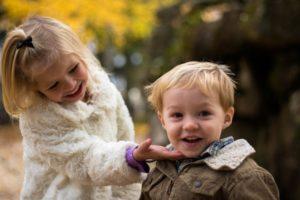 子供が意地悪されたらどうする?まず先生に相談するのが一番かも?5人のママの体験談